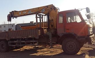 公司自备送货车辆